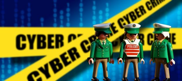pixabay-cyber-police-officers-polizei
